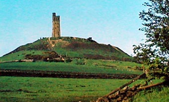 Castle Hill and tower which overlook Almondbury.